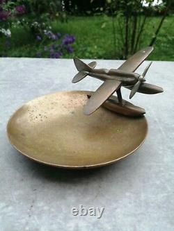 Ancien cendrier ou vide poche avion en laiton art déco années 30, hydravion