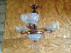 Ancien lustre Art Déco laiton et abat jour en verre DLG Ezan vintage années 1950