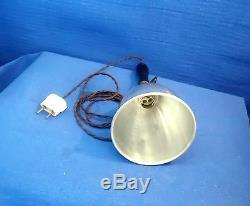 Ancienne Lampe D'atelier Baladeuse Aluminium Poli Douille Interrupteur Laiton