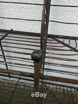 Ancienne étagère de boulanger fer forgé fonte et laiton meuble de métier PERRET