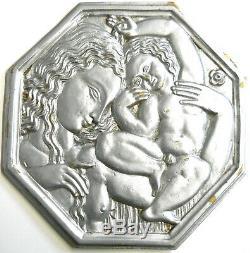 Art Déco Mère et Enfant Énorme Fonte Laiton avec Laqué Finition sur 27.9x27.9cm