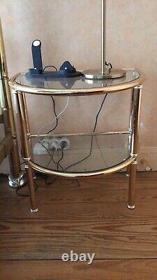 Cadre de lit 160x200 Avec Sommier et ses tables de chevet avec étagères en verre