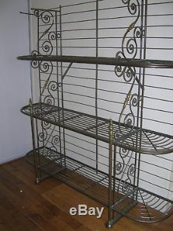 Etagère de boulanger époque Art Déco en fer forgé et décor laiton restaurée sabl