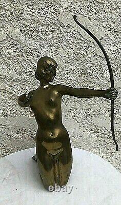 Grand statue bronze laiton femme a l'arc art deco