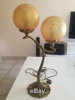 Grande lampe bronze doré ou laiton verre boule Marmoréen VIANNE style art déco