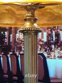 Lampe Art Déco Art Nouveau Verre Moulé (Bronze ou Laiton)