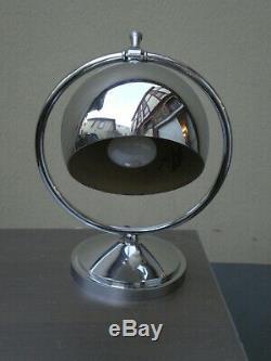 Lampe Art deco en laiton nickelé des années 1930