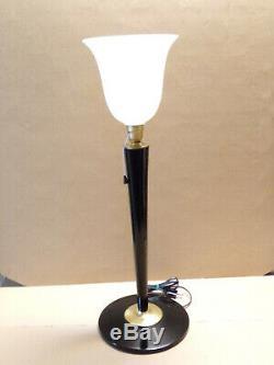 Lampe MAZDA art déco LAQUEE NOIRE et laiton or. En parfait état avec interrupteu