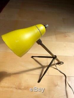 Lampe de bureau, Modèle Ochetta, designer Guiseppe Ostuni pour Oluce. Années 50