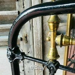 Lit Napoléon III en fer et fonte de fer Décor de bague et tige laiton XIX siècle