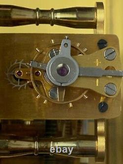 Magnifique Pendule vintage Hour Lavigne en laiton