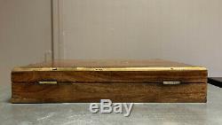 Magnifique boite a bijoux époque Art déco en bois précieux laiton