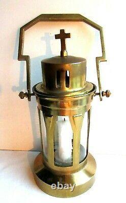 Objet religieux, lanterne de procession Art Déco, laiton et verre avec bougeoir