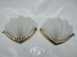 Paire Appliques Coquillage Verre Moulé Laiton Doré circa 1960 Style Art Deco 2