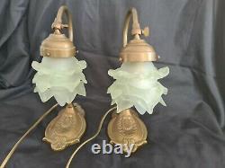 Paire Lampe De Bureau En Laiton Et Tulipe Rose Pate De Verre Style Art Deco