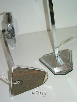 Paire de 2 lampes PIROUETT modèle dactylo en laiton nickelé chrome avec socle en
