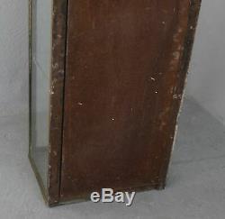 Petite vitrine laiton de collectionneur 1930