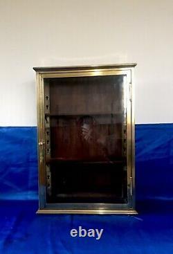 Rare Petite vitrine En Laiton de collectionneur 1930 Vitrine De Magasin Art Deco
