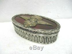 Superbe boite Art Déco en métal argenté