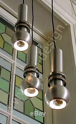 Superbe lustre en cascade dans un esprit Art Déco, Moderniste, couleur Argent
